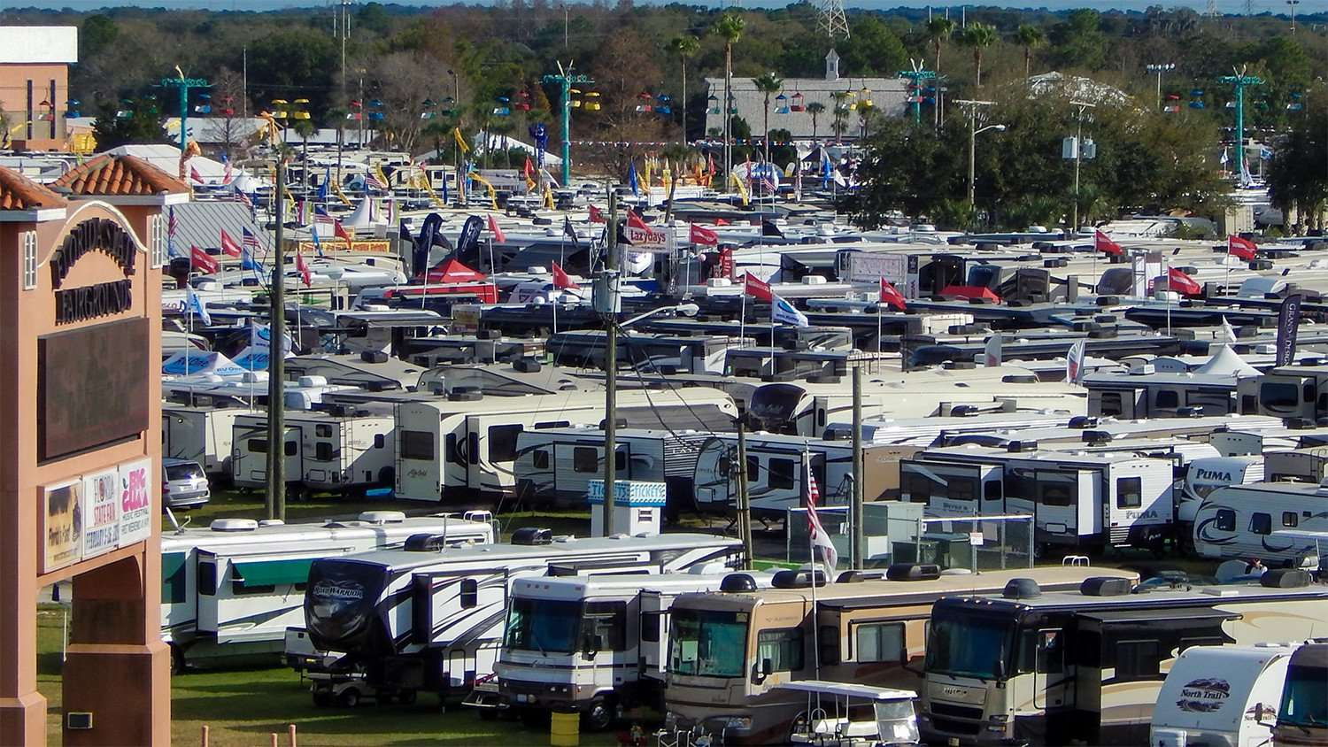 2015 Florida Rv Supershow At The State Fairgrounds Photo