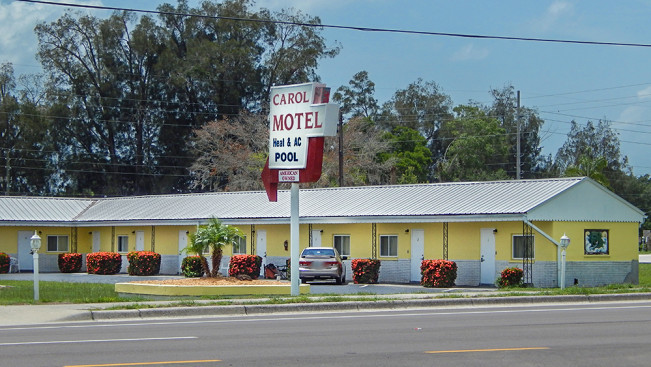 Carol motel built in 1953 ruskin fl photo news 247 for Fish house ruskin