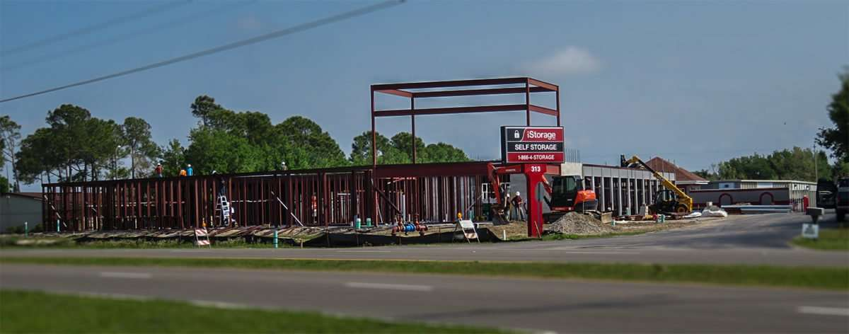... self storage under construction Apollo Beach FL/photonews247.com