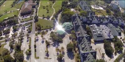 Belleview Biltmore Hotel portico reflecting sun in ariel fly-over/capture from youtube.com/belleairimages