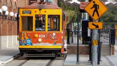 Cable Street Car parked at boarding station on 8th Street in Ybor City/photonews247.com