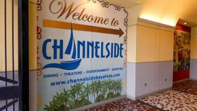 Hallway to Channelside Bay Plaza to outside courtyard in Tampa, FL/photonews247.com