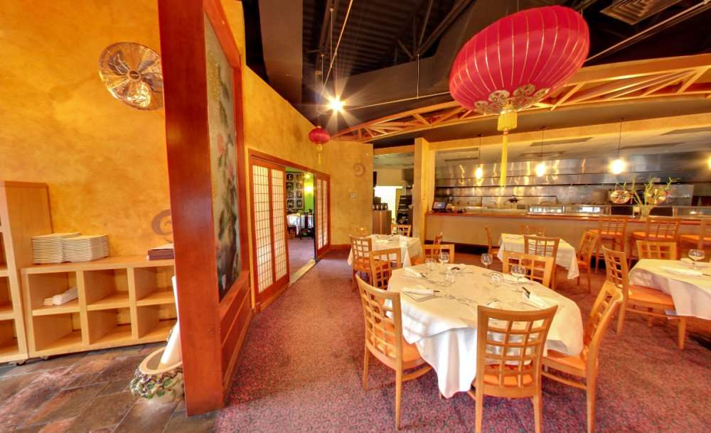 Photo 4: Dining room of TC Choys Bistro Chinese Restaurant in SoHo District of the Hyde Park neighborhood, Tampa, FL/copyright 2014 Google