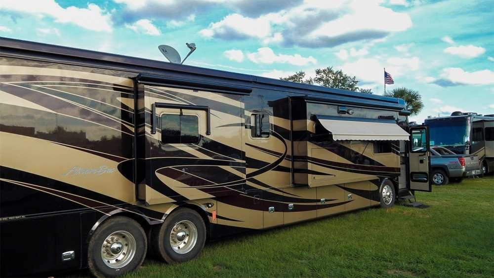 Tampa Florida Page Photo News - Florida state fairgrounds car show