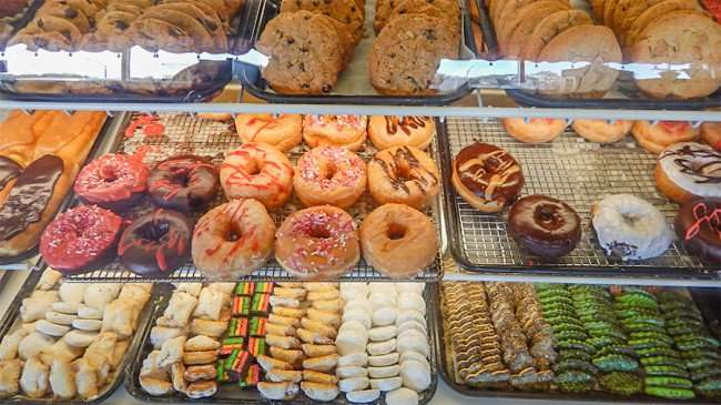 Gormet donuts and cookies at The Hot Tomato, Ruskin, FL