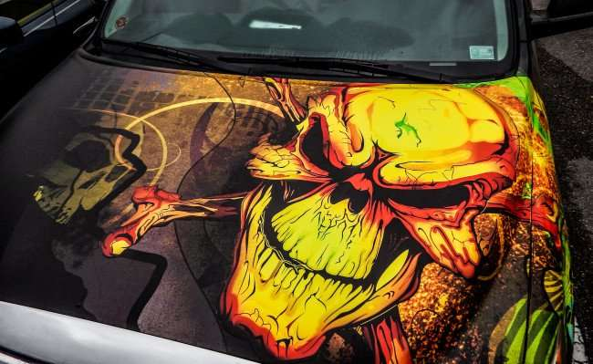 Peel on Skull on hood of Toyota Truck by Streetwide Marketing, Riverview, FL
