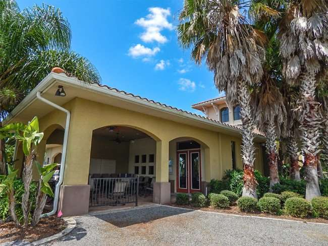 July 22, 2014 - Scepter Clublink Golf Club (roofed in patio with fans and tables) in the gated Kings Point community of Greater Sun City Center, FL/photonews247.com