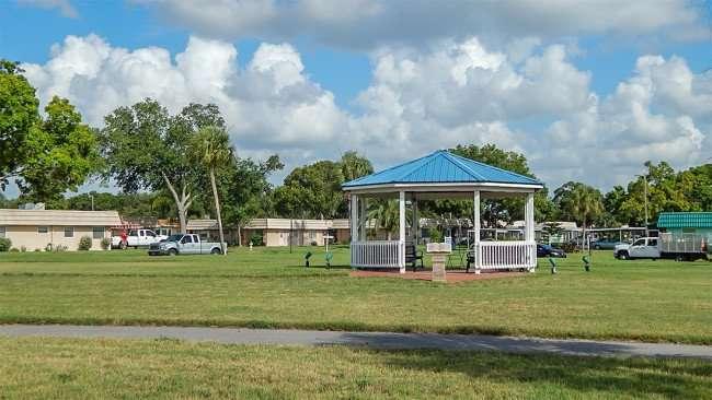 Kings Point Heritage Park on Kings Blvd, Sun City Center, FL/photonews247.com