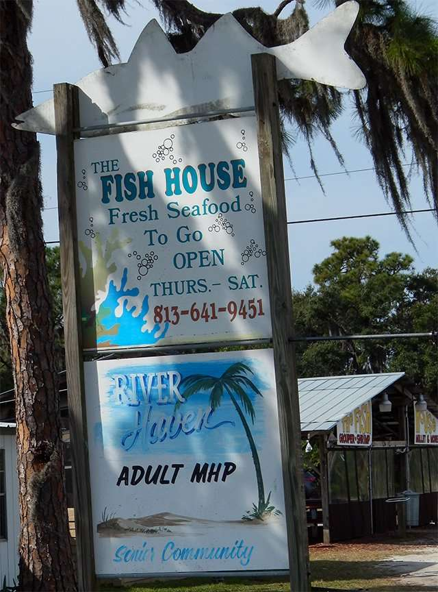 Sign The Fish House Fresh Seafood To Go Open Thurs-Sat 813 641 9451