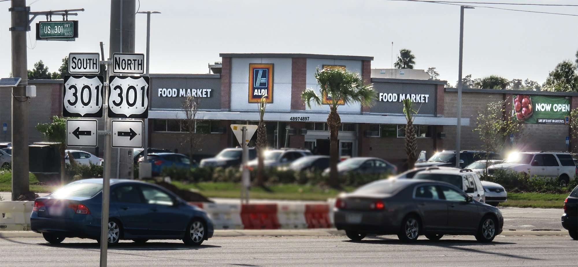 12.17.2016 - Aldi at 301 and 674 opens Dec 15, 2015 in Sun
