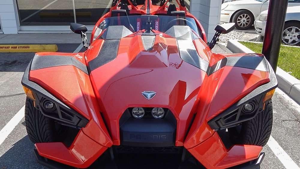 Polaris Slingshot three wheel motorcycle/sports car – Photo News 247