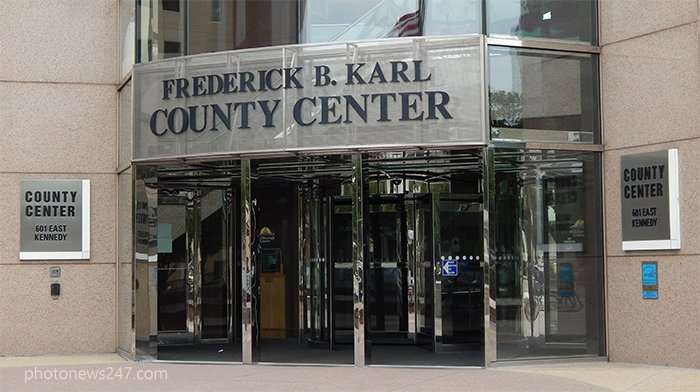 front entrance of county center frederick karl on 301 east kennedy downtown tampa fl - Glass Front Cafe 2015