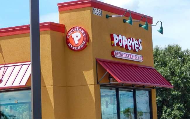 SEP 3, 2015 - Almost ready: Popeyes at 10551 Big Bend Road, Riverview, FL/photonews247.com