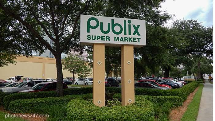 Publix Super Market on Bayshore Blvd, Downtown Tampa, FL
