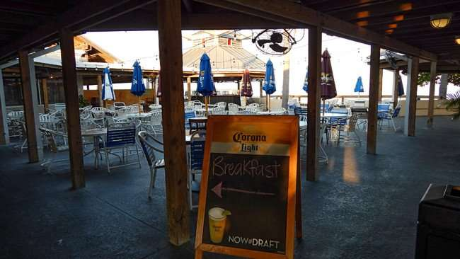 MAY 10, 2015: Arrow pointing to breakfast at Sunset Grille in Little Harbor, Ruskin South Shore, FL / Photo News 247