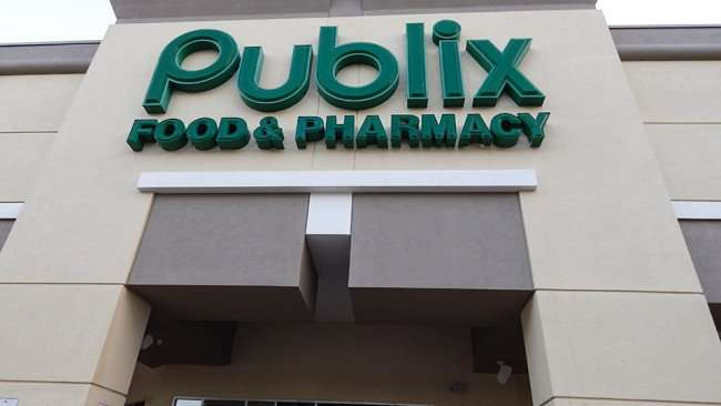 MAY 11, 2015: Main sign at Publix Super Market, Kings Crossing, Sun City Center FL / Photo News 247