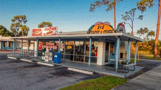 MAY 17, 2015 - Marian's Sandwich restaurant on College Ave and US-41, Ruskin South Shore, FL