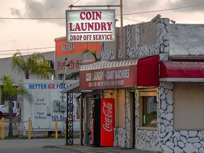 MAY 20, 2015 - 24-hour coin laundry drop off service US-41, Ruskin South Shore, FL