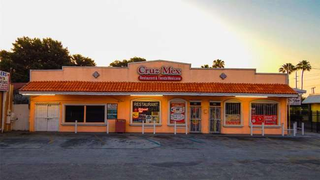 MAY 20, 2015 - $1.75 at Corona beer at Cruz Mex Restaurant & Tienda Mexicana, Ruskin, FL