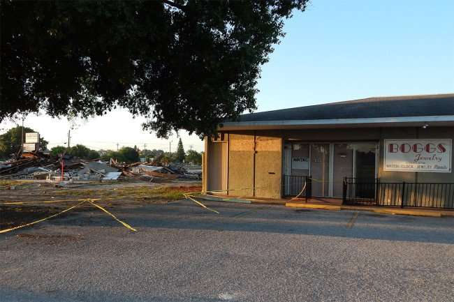 May 7, 2015 - Boggs Jewelry and Dentist office last to get demolished in Village Plaza, Wimauma, FL/photonews247.com