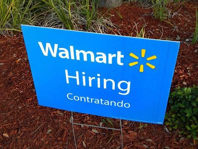 NOV 7, 2015 - Hiring Contratando sign at Brandon Walmart Supercenter/photonews247.com
