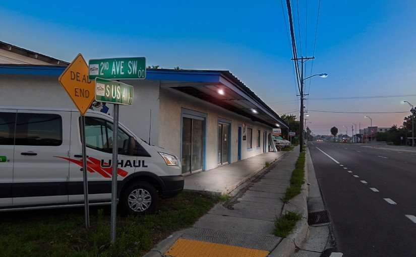 June 20, 2015 - Wild Bill's Furniture Store and U-Haul Rental on 2nd Ave Sw and S US 41 in Ruskin, South Shore, FL
