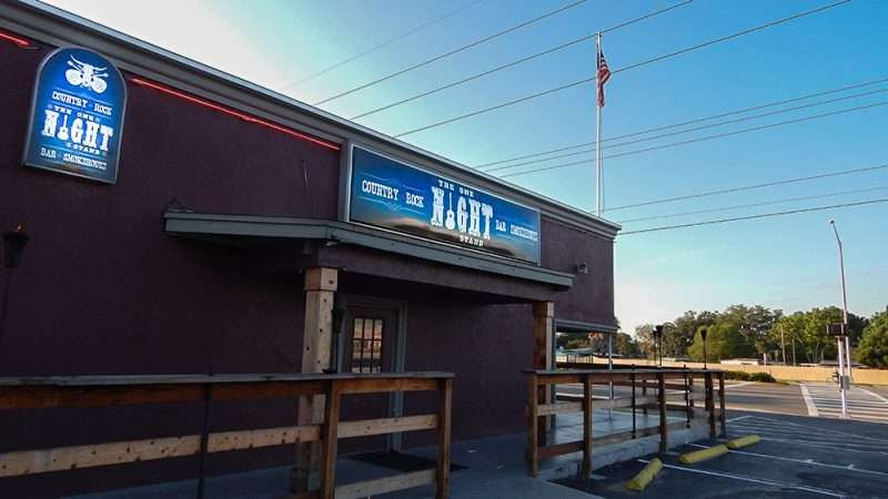 The one night stand bar grill valrico fl photo news 247 for Stand pub