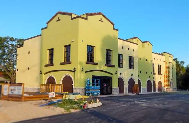 NOV 7, 2015 - The new Latino Fresh Market building under construction in Valrico/Brandon FL/photonews247.com