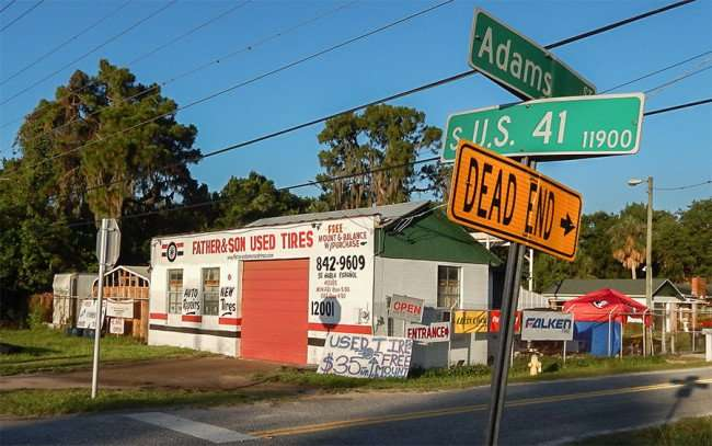 MAY 31, 2015 - Auto Repair Shop on Adam St and US 41, Gibsonton, FL 842-9609