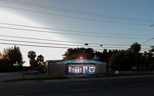 MAY 31, 2015 - Showtown USA Restaurant & Bar at along US 41, Gibsonton, FL