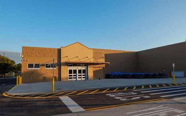 NOV 7, 2015 - New Liquor store finished at at Brandon Walmart Supercenter/photonews247.com