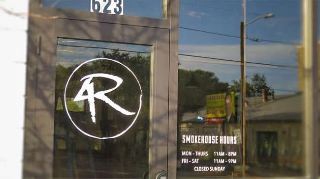 DEC 6, 2015 - 4 Rivers Smokehouse Hours on door in South Tampa, FL/photonews247.com