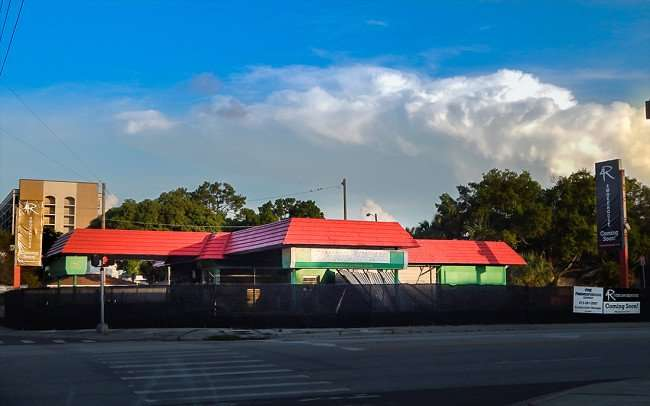 July 19, 2015 - 4 Rivers Smokehouse coming to S. MacDill Ave and Swann Ave, Tampa, FL