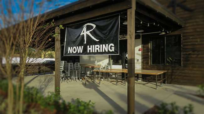 DEC 6, 2015 - 4 Rivers Smokehouse hiring at new restaurant on Swann Ave and S McDill, Tampa, FL/photonews247.com