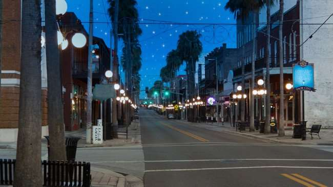 July 5, 2015 - 7th Avenue Ybor City with no people
