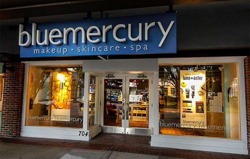 NOV 8, 2015 - Bluemercury makeup, skincare, spa in Hyde Park Village, Tampa, FL/photonews247.com