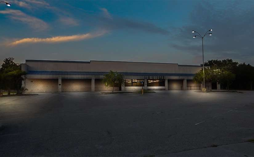 July 1, 2015 - Old Food Lion and Sweet Bay grocery store, Ruskin SouthShore FL