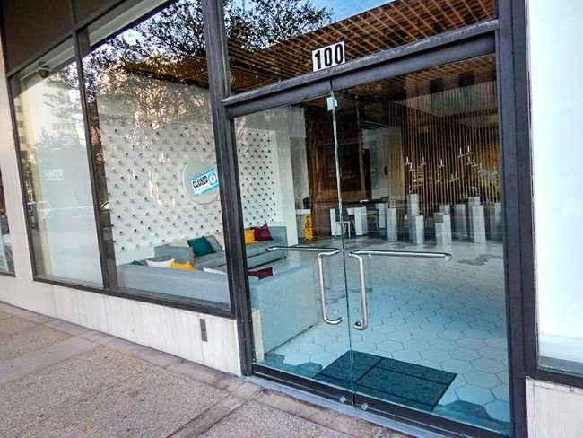 NOV 8, 2015 - Pearl Salon front door along Madison Street, Tampa, FL/photonews247.om