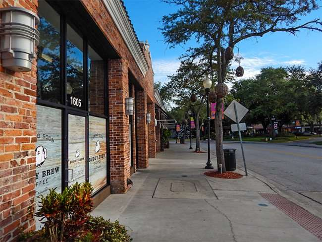NOV 8, 2015 - Sidewalk view of Buddy Brew Coffee at 1605 Swann, Hyde Park Village Shopping plaza, Tampa, FL/photonews247.com
