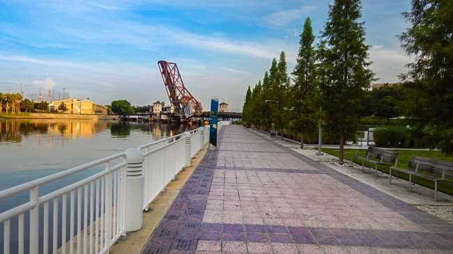 AUG 23, 2015 - Viewing UT Stadium and Cass Street Bridge from empty Hillsborough Riverwalk in Tampa, FL/photonews247.com