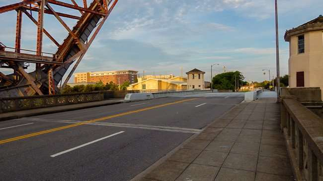 AUG 23, 2015 - Cass Street Bascule bridge over Hillsborough River, Tampa, FL/photonews247.com