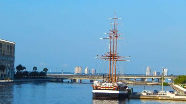 AUG 9, 2015 - Gaspar Pirate Ship invades Tampa Florida every year/photonews247.com