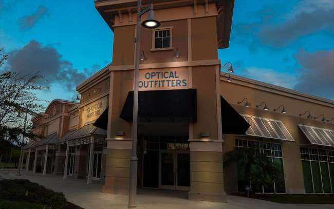 JULY 24, 2015 - Optical Outfitters with Optometrist Cathy Yaeckel in MiraBay Village, Apollo Beach SouthShore, FL/photonews247.com