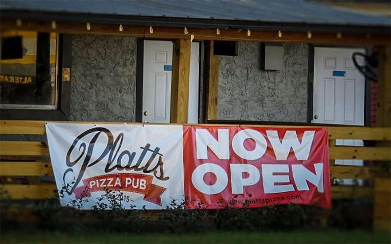 Dec 27, 2015 - Platts Pizza Pub new open on Platts Street in Soho, South Tampa, FL/photonews247.com