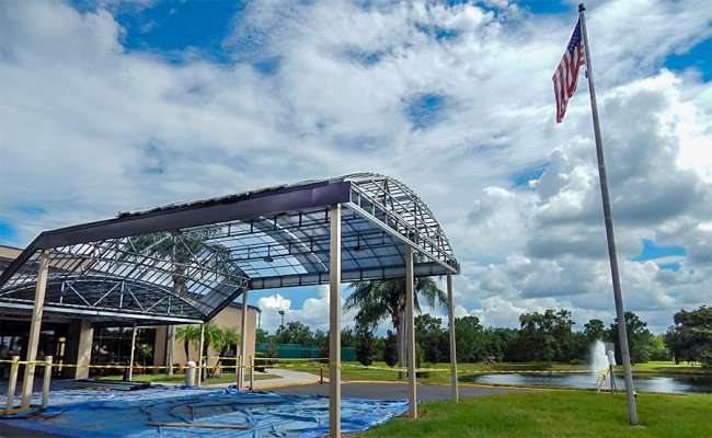 SEP 4, 2015 - Community Hall getting new portico, Sun City Center, FL/photonews27.com