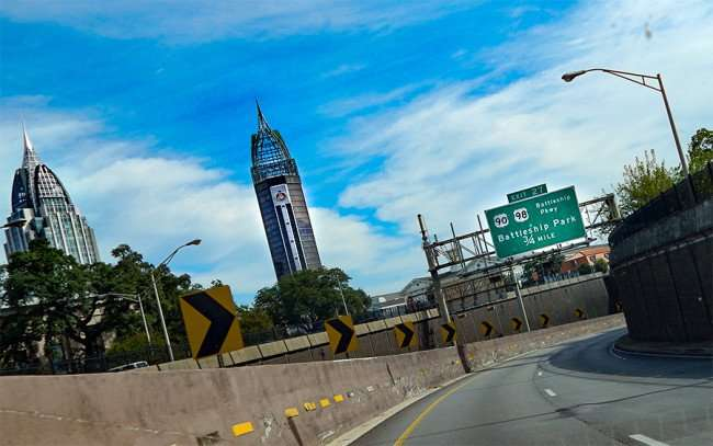 SEPT 14, 2015 - Downtown Mobile Alabama from Hwy 10 mile heading towards tunnel/photonews247.com
