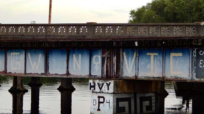 AUG 23, 2015 - Graffiti VIC painted on Cass Street Train Bridge, Tampa, FL/photonews247.com