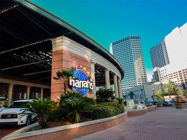 SEPT 13, 2015 - Harrahs Casino velet parking portico New Orleans/photonews247.com
