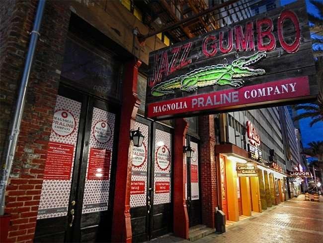 NOV 19, 2015 - Jazz Gumbo Souvenir Shop Magnolia Praline Company on Canal Street, New Orleans, LA/photonews247.com