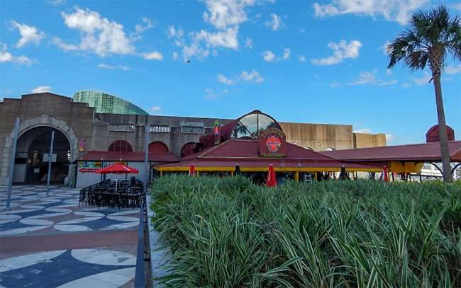 SEPT 14, 2015 - The Crazy Lobster restaurant at New Orleans Riverwalk food court by the Outlet Mall/photonews247.com